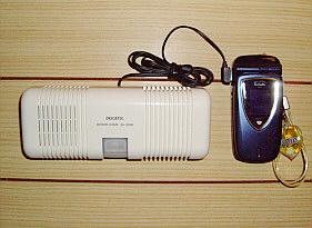 携帯電話を使った赤外線簡易自動通報装置SA200