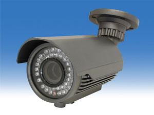 ズームレンズ付き中型赤外線監視カメラ