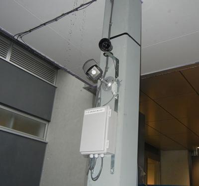 ソーラー電源式センサー連動屋外用アナウンス警告システム